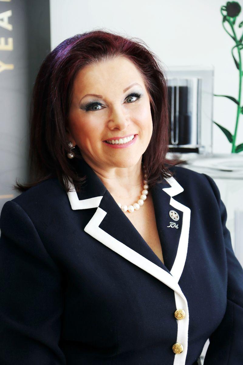 Irena Oliver, jaspisowa gwiazda FM GROUP