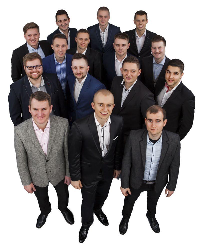 Ekipa Darka Holeniewskiego z Lou Pre International